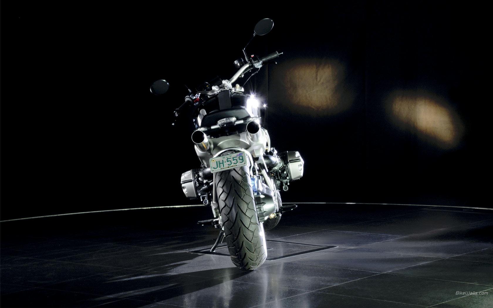 紫红火��lo9f�x�_bmw_concept_lo_rider_2008_30_1680x1050.jpg