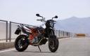 KTM 990 SM R 2009 02 1680x1050