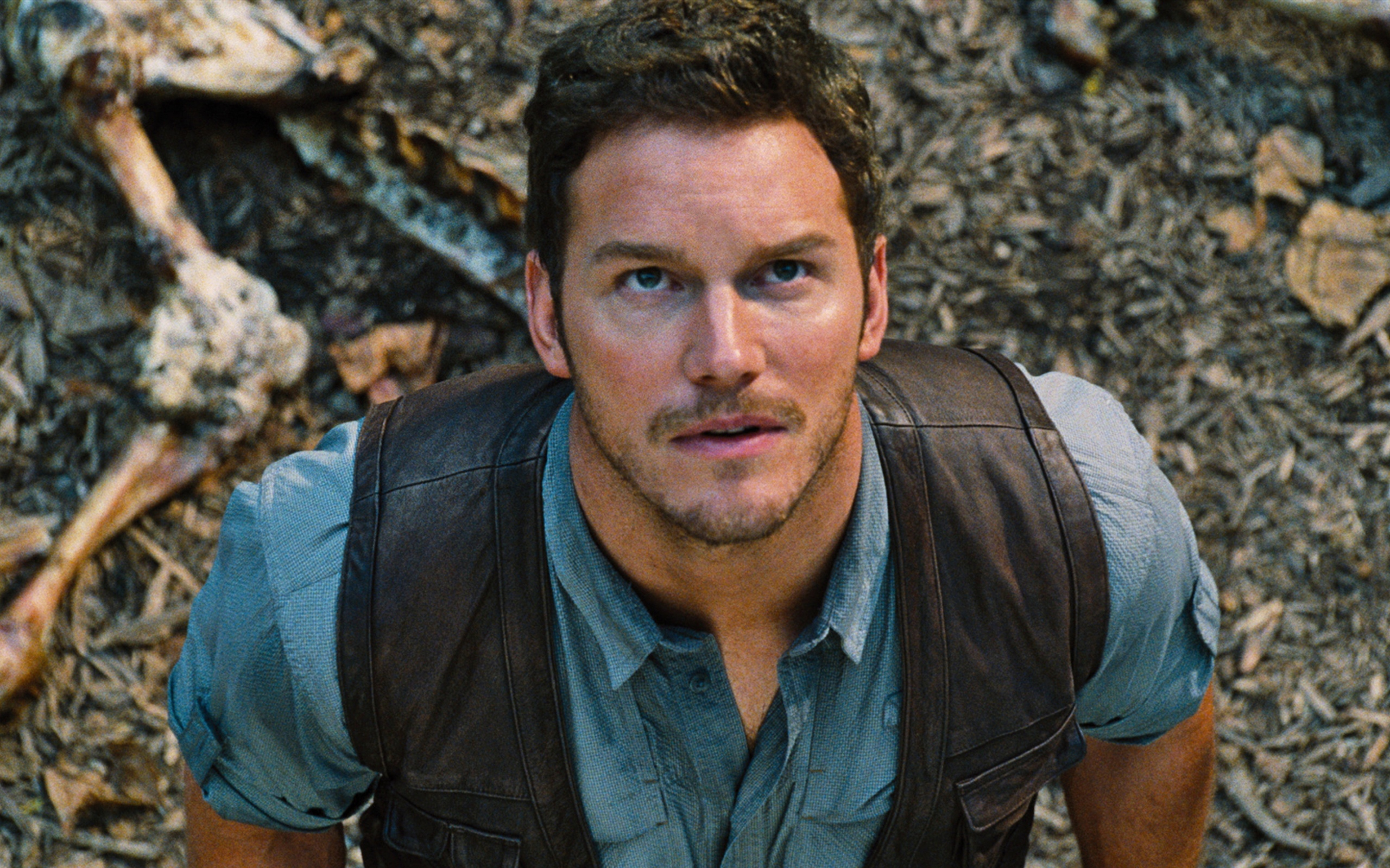 Jurassic_world_Cinema_-_2560x1600.jpg