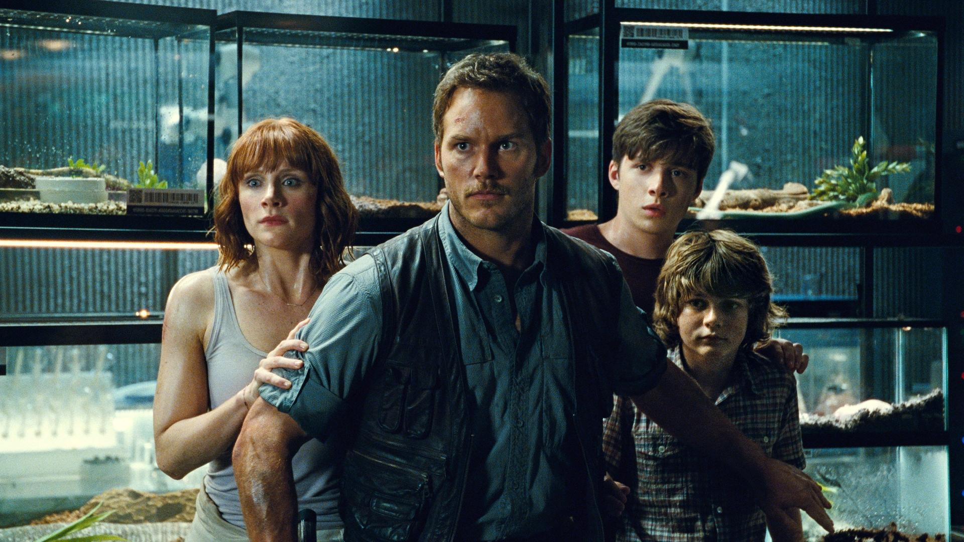 Jurassic_world_Cinema_2015_3.jpg
