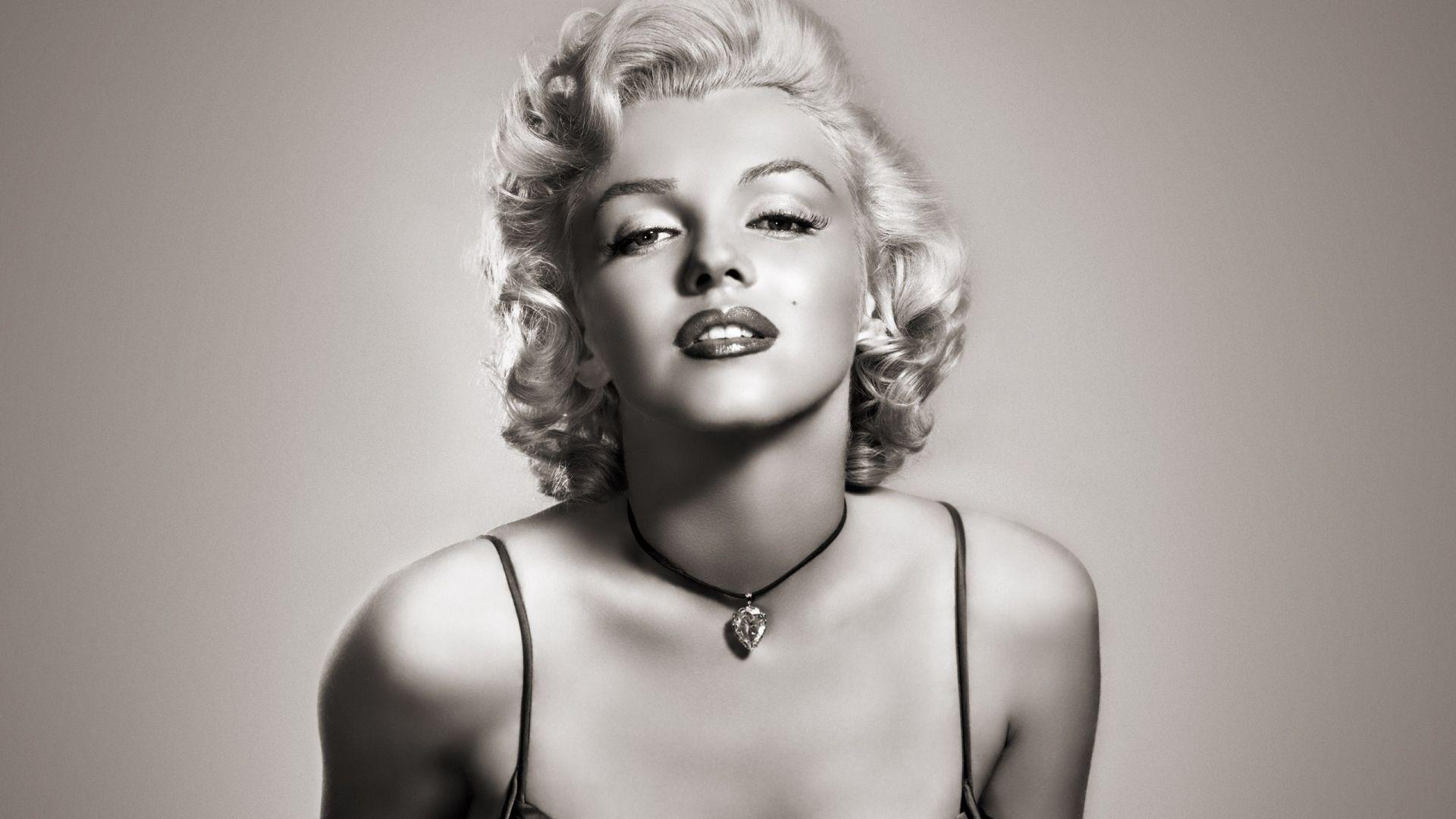 Marilyn_Monroe_-_fond_ecran_HD.jpg
